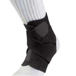 Bandáž na kotník Mueller Adjustable Ankle Support 4547