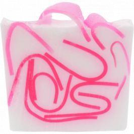 Bomb Cosmetics Růženka - Tickled Pink Přírodní glycerinové mýdlo 100 g
