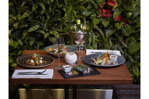 Zážitek - Vegetariánské degustační menu v restauraci Etnosvět - Praha Degustace jídla a alkoholu
