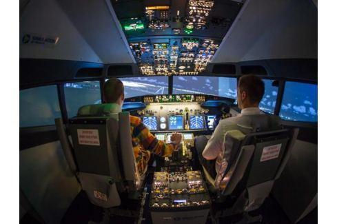 Zážitek - Pilotování simulátoru Boeing 737 jako dárek - Praha Letecké simulátory a trenažéry