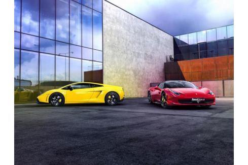 Zážitek - Souboj titánů - Lamborghini vs. Ferrari na Moravě - Olomoucký kraj Jízda v supersportu