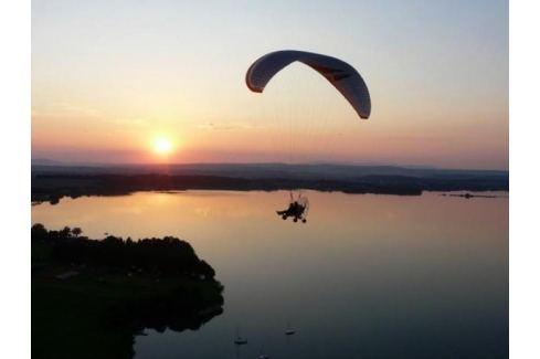 Zážitek - Motorový paragliding - Královéhradecký kraj Paragliding