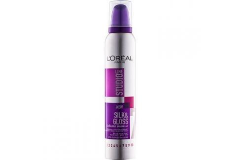 L'Oréal Paris Studio Line Silk&Gloss Volume pěna pro objem a lesk  200 ml Objemové pěny a spreje
